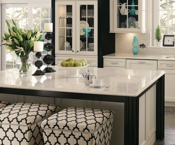Kraftmaid Black and White small kitchen