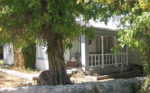 Small Houses In Salado Texas