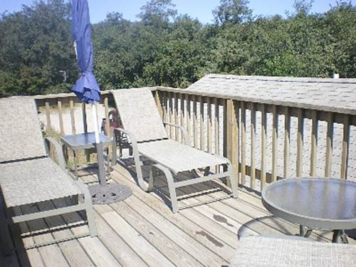 small roof deck